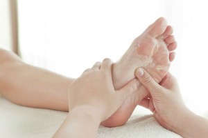 Mode like a shiatsu foot massage to relieve tired achy feet
